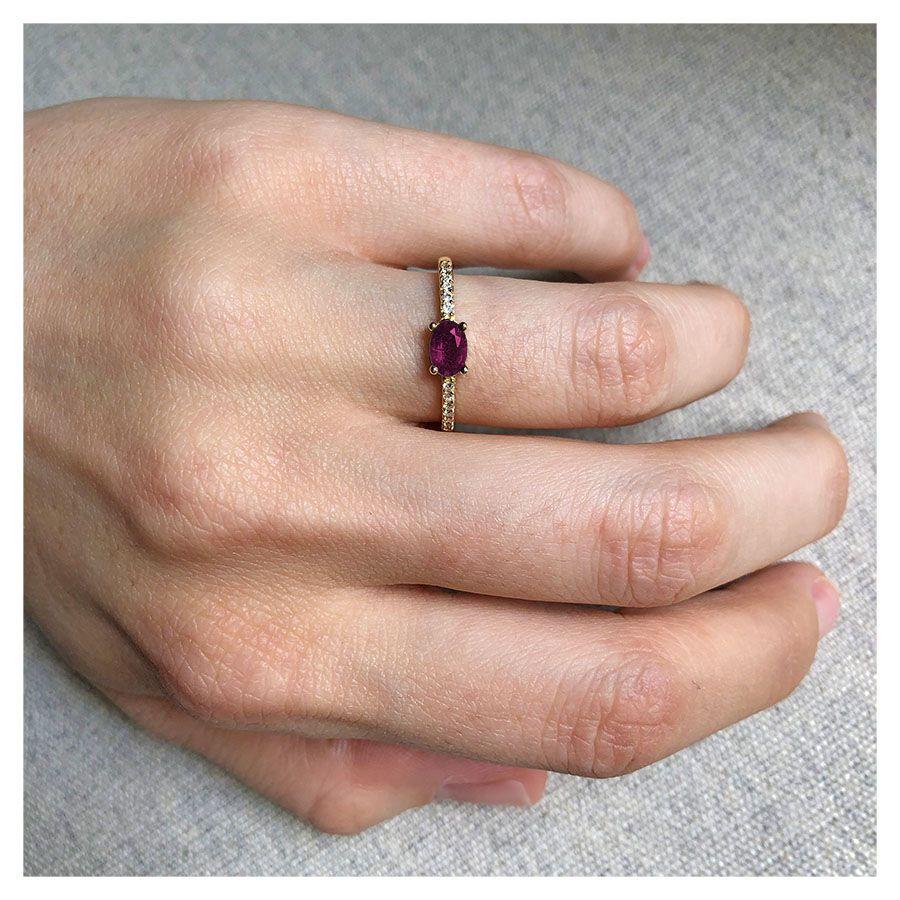 Anel Purity Ouro 18k com Rubi Oval e Diamantes  - YVES