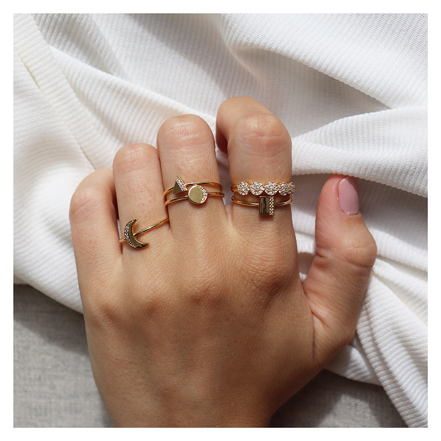Anel Retângulo Ouro 18k com Diamantes   - YVES