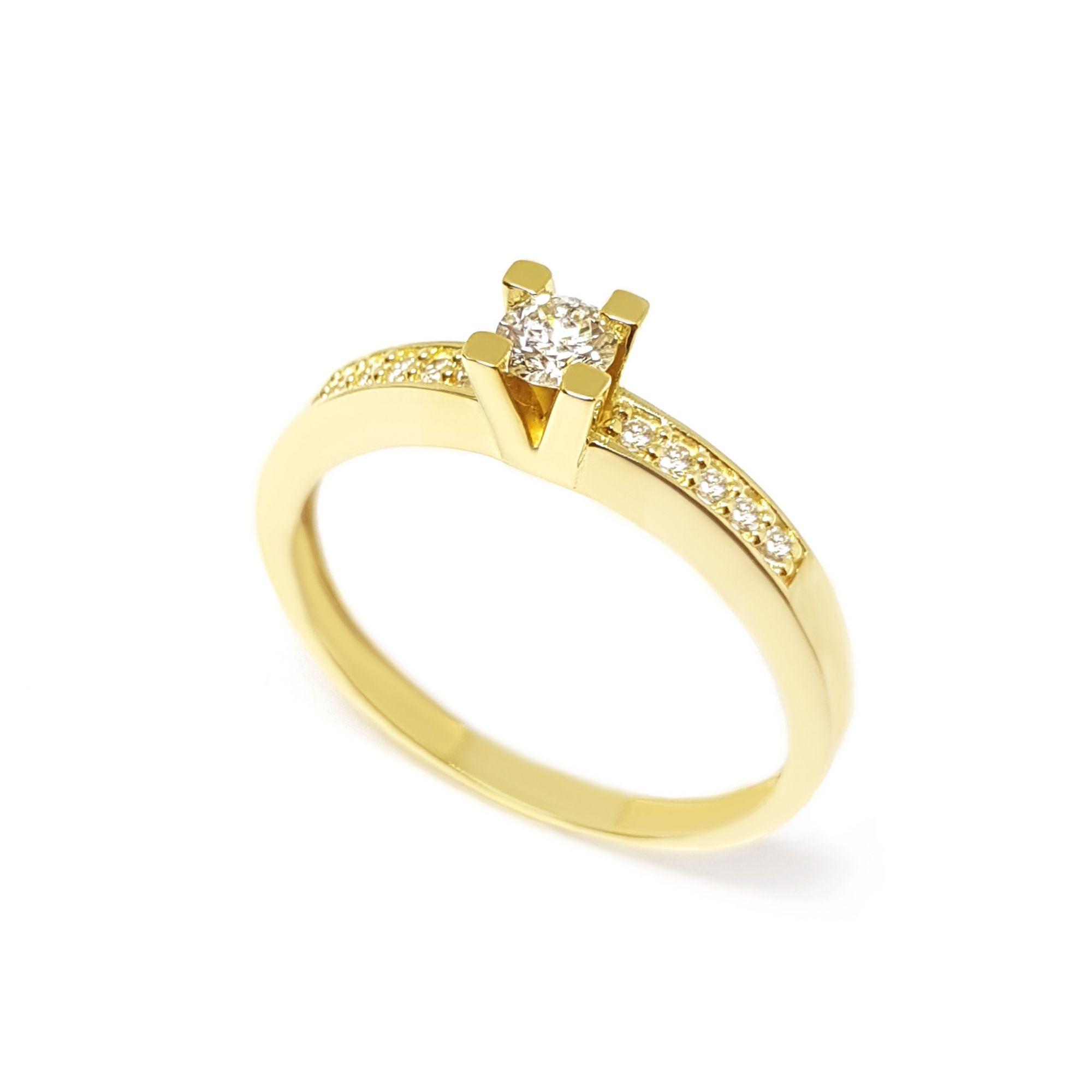 e1ccdf6819e Anel Solitário Ouro 18k com Diamantes e Diamante Central de 16 pontos