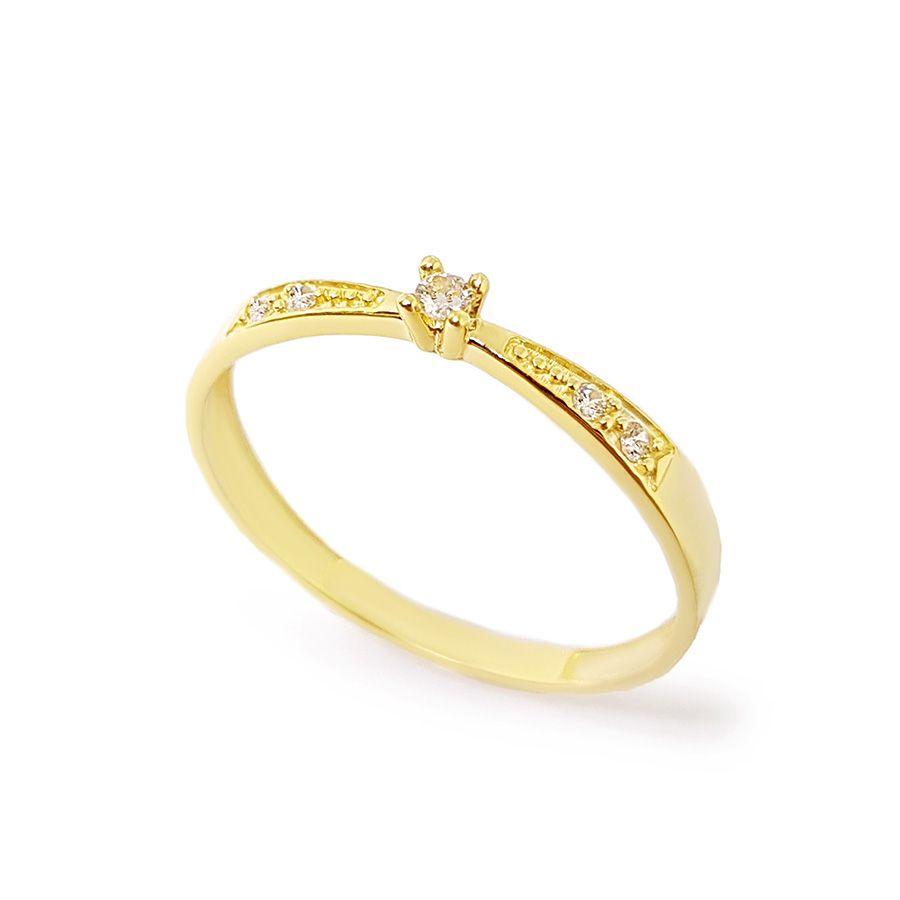 Anel Solitário Ouro 18k com Diamantes e Diamante Central de 2 pontos