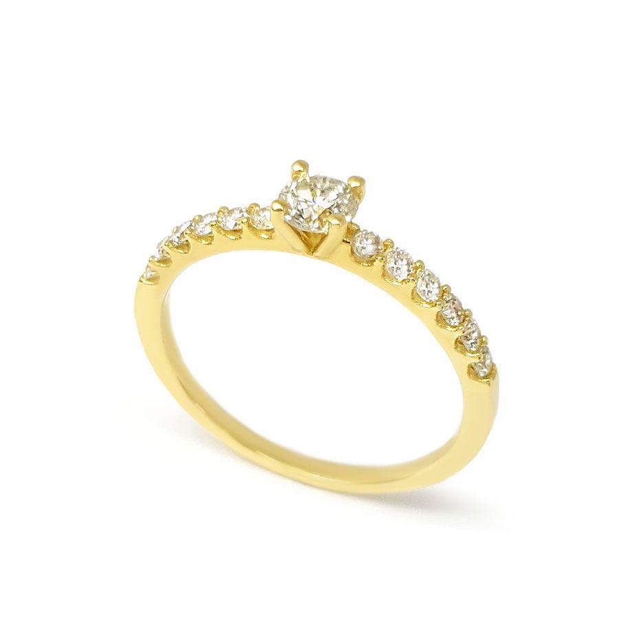 Anel Sólitario Ouro 18k com Diamantes e Diamante Central de 30 pontos
