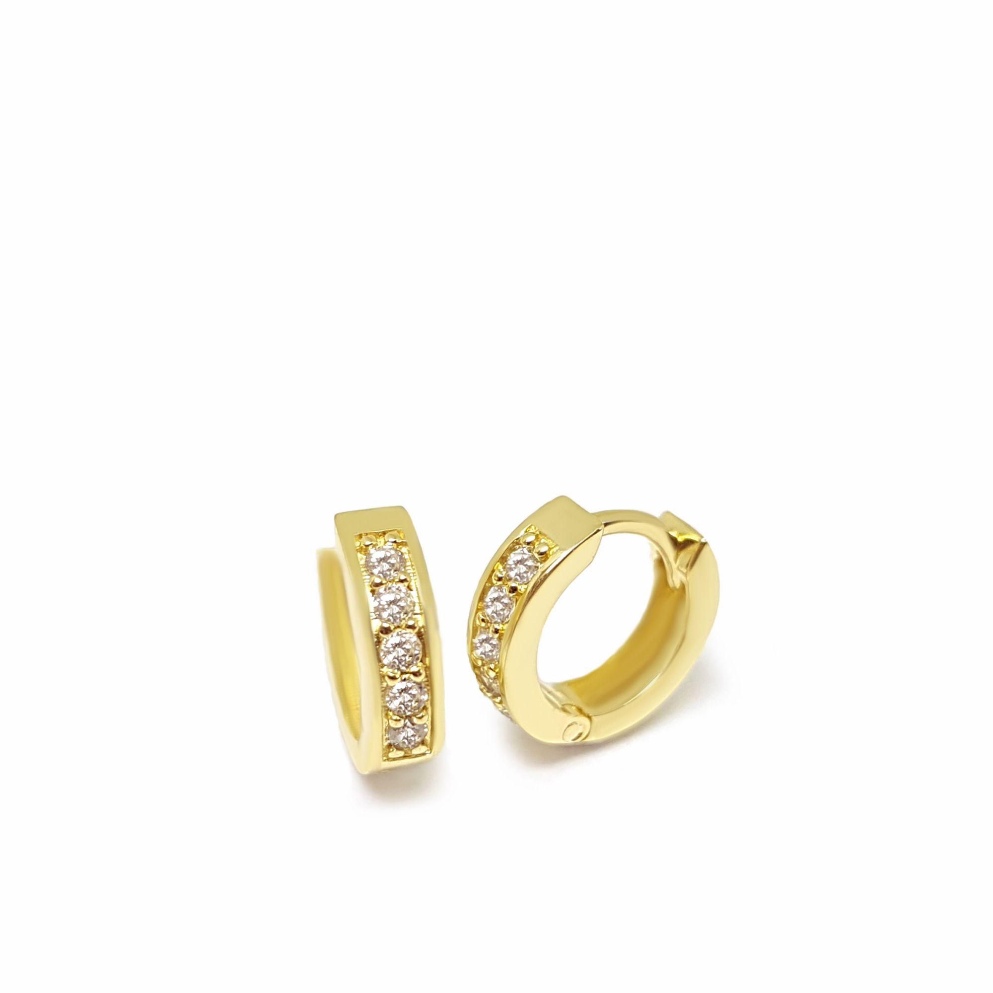 Brinco Argola Ouro 18k com 10 Diamantes