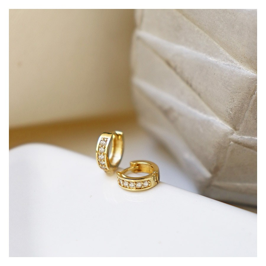 Brinco Argola Ouro 18k com 10 Diamantes  - YVES