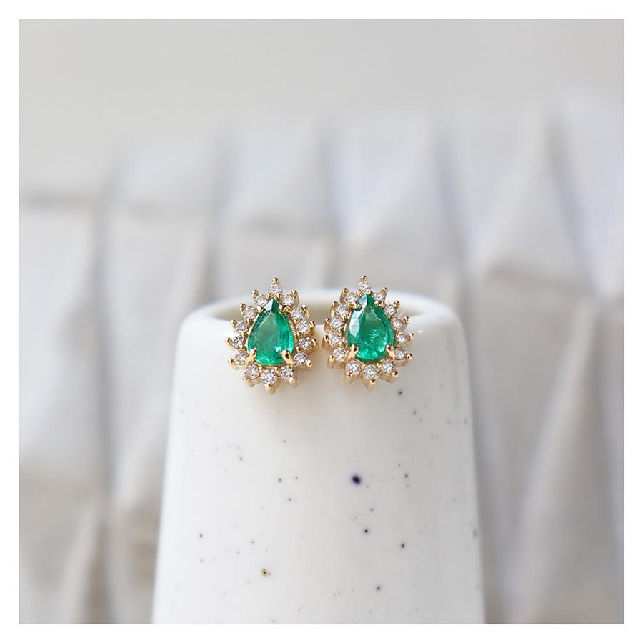 Brinco Ouro 18k com Esmeralda e Diamantes   - YVES