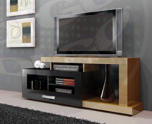 EVOLUTION  Rack para TV