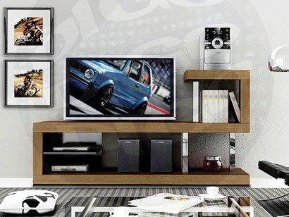 INVERSE Rack para TV com design diferenciado e elementos cromados