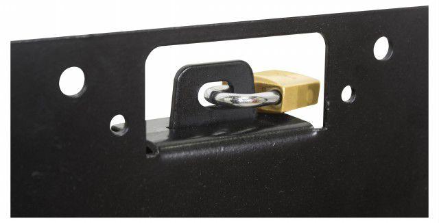 STPA 550 Suporte com inclinaçao de ate 15 , permite a instalaçao de cadeado garantindo segurança Cor: Preto