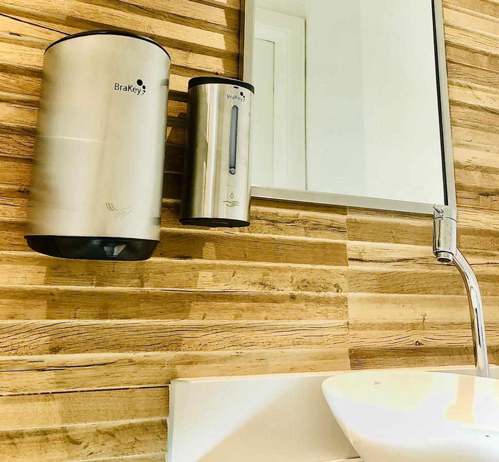 Kit de Secador de mãos Linha Jazz CS-106 E Dispenser  para álcool gel ou sabonete líquido CA-1205