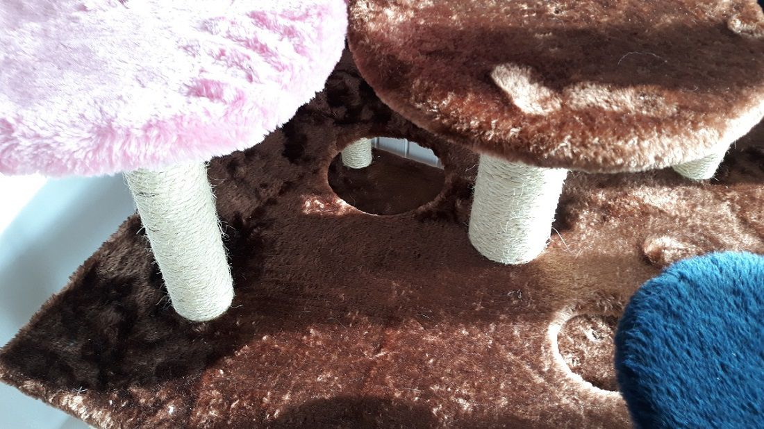 Playground para Gatos com Arranhador Luppet