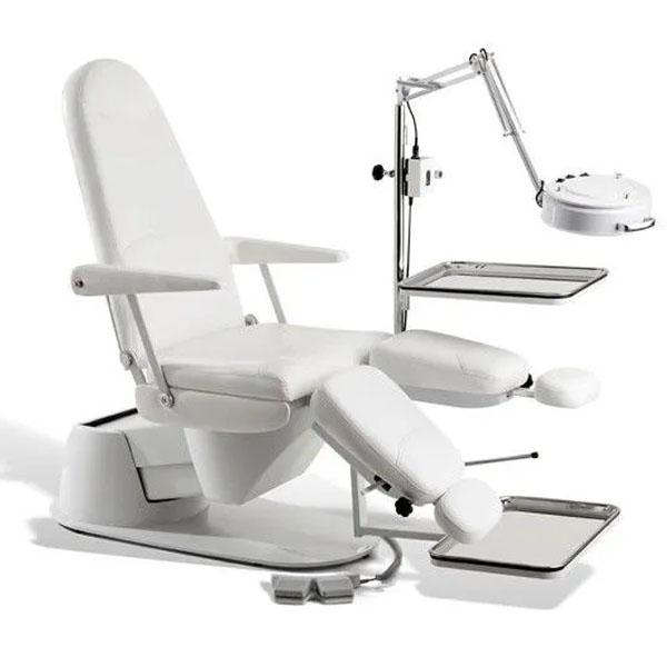 Cadeira de Podologia Ferrante Master Cod. 13945 M1 Altura Eletrica Completa com Opcionais