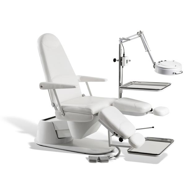 Cadeira de Podologia Ferrante Master Cod. 13945 M2 Eletrica Completa com Opcionais