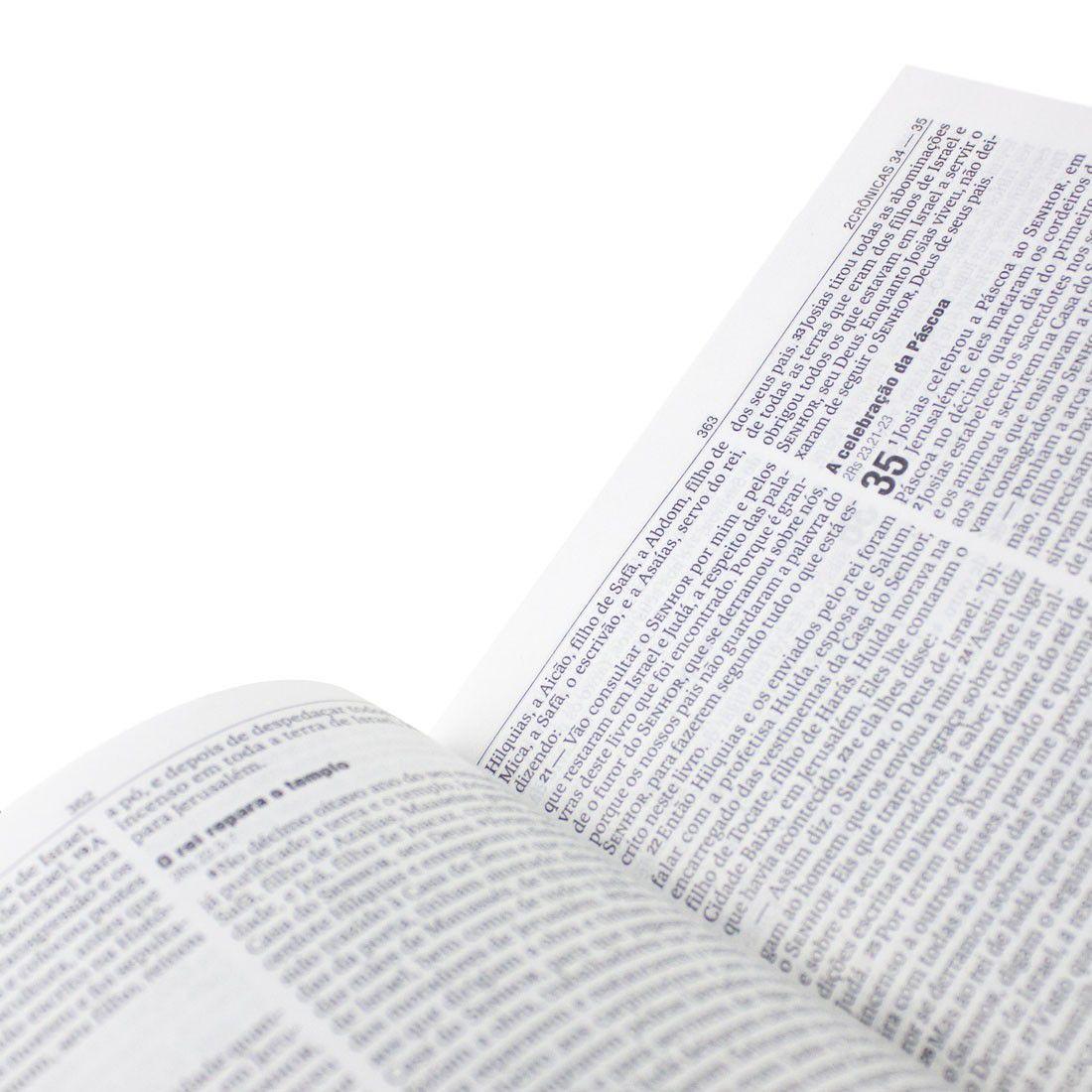 Bíblia Sagrada NAA Jovens (Cruz Violeta)  - Livraria Betel