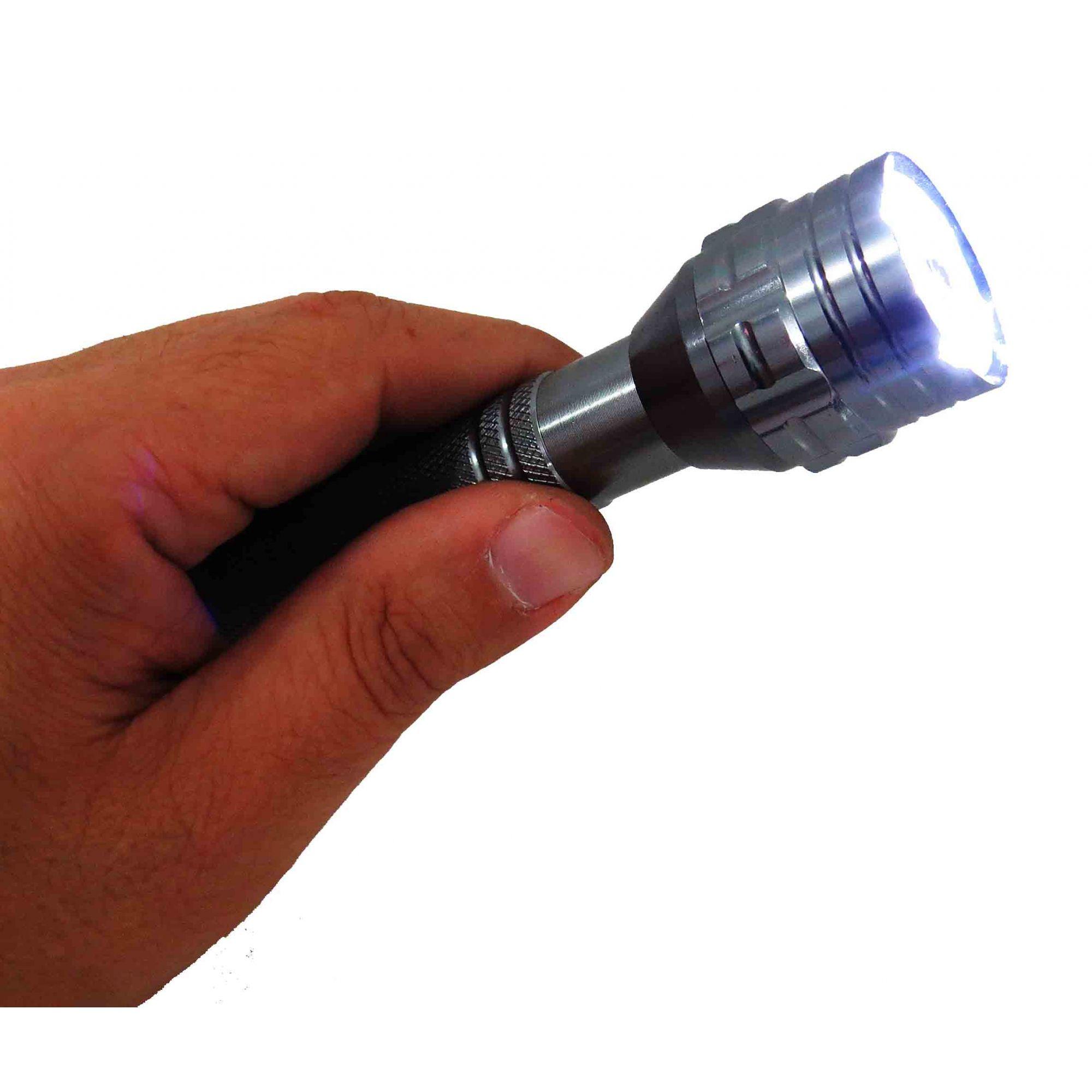 Lanterna 6 Leds Com Pegador De Parafusos E Objetos Imantado