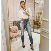 Calça Jeans Mom Com Pérolas CNS 14470