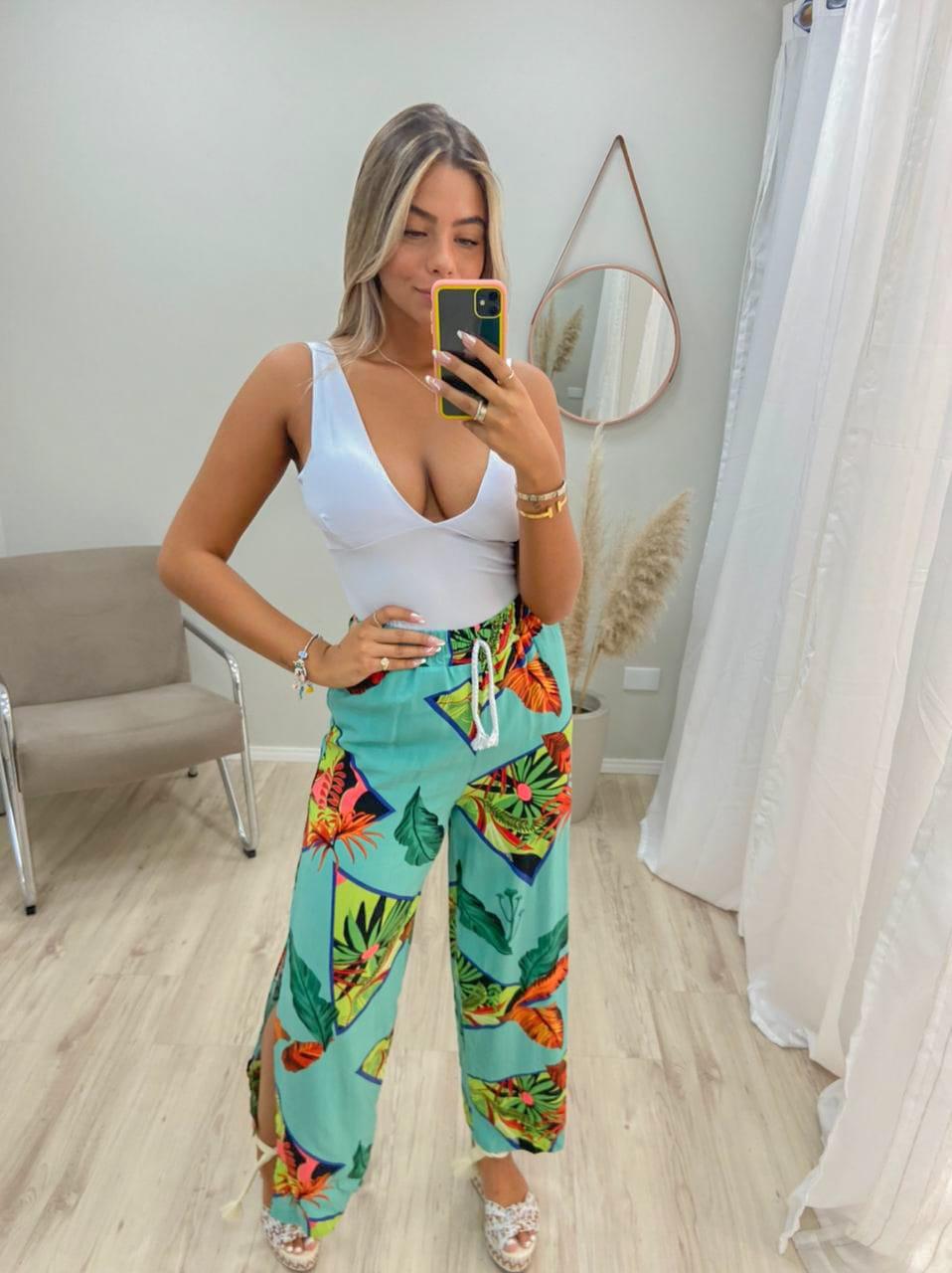Calça Pantalona Cordão Fendas MIM 16