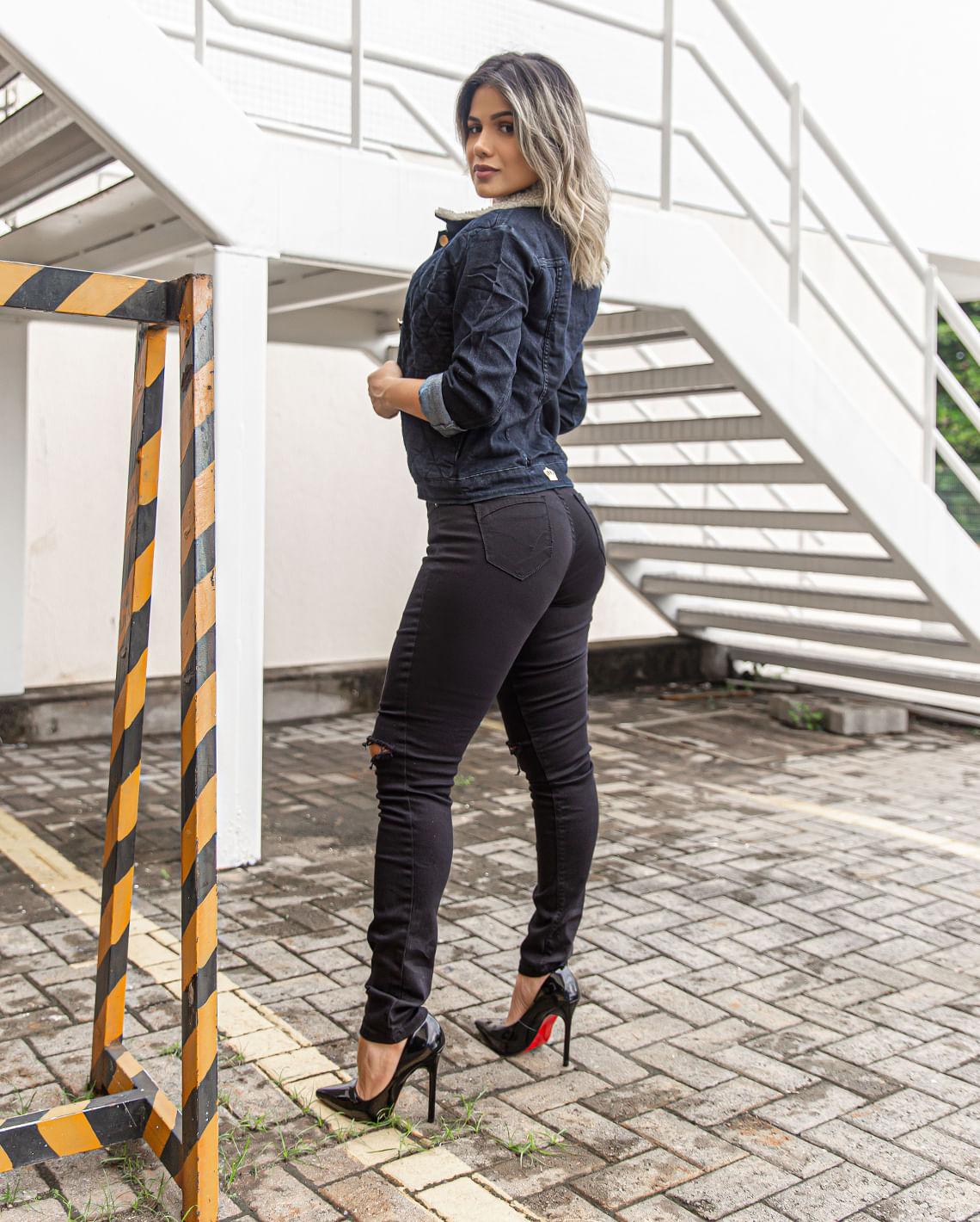 Calça Skinny C/Elastano Preto CNS 20937