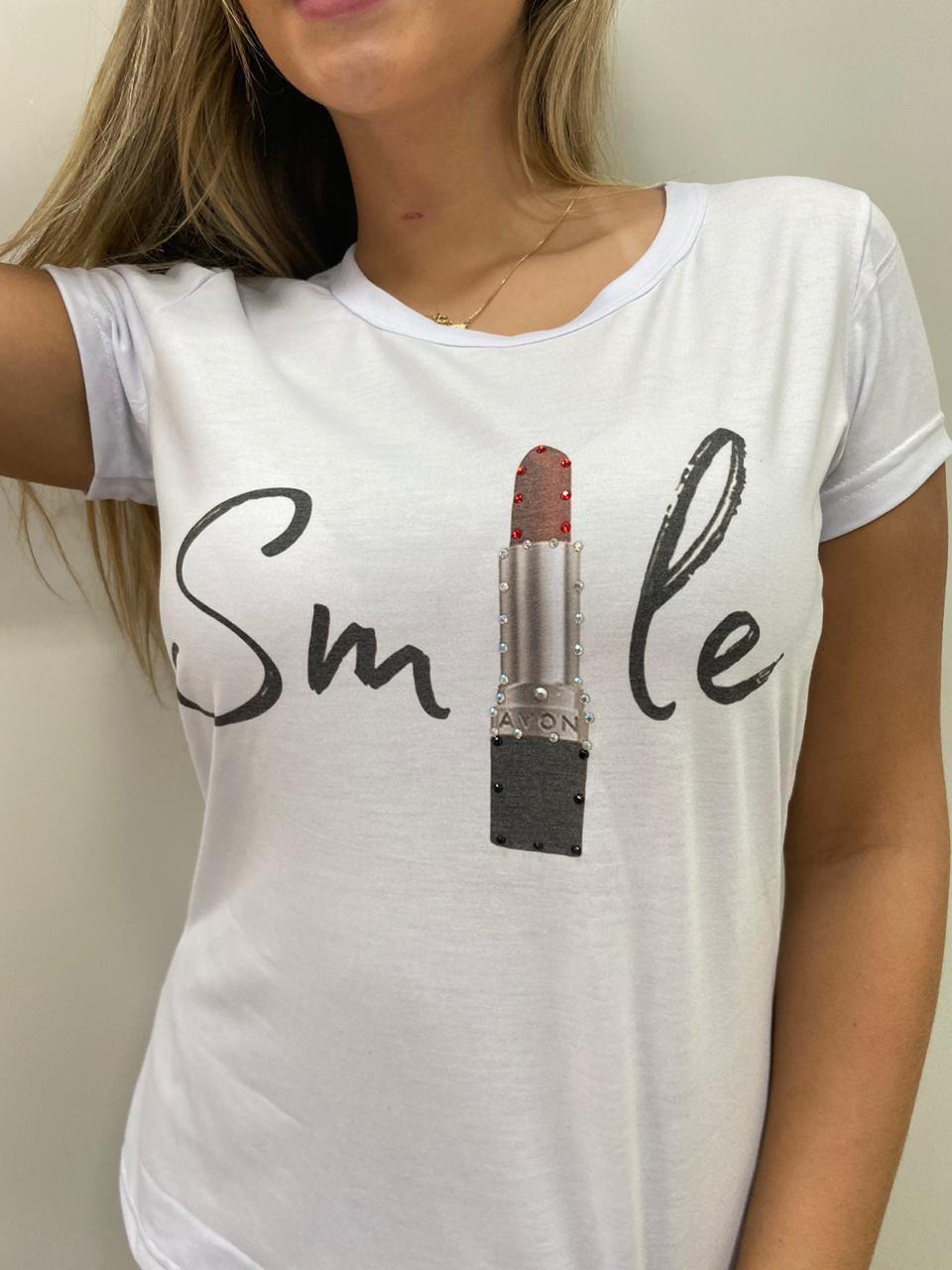 T-Shirt Love Smile Batom DAJ 23