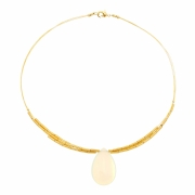Conjunto  gota com  pedra natural, em  cores variadas, banhado em ouro 18k