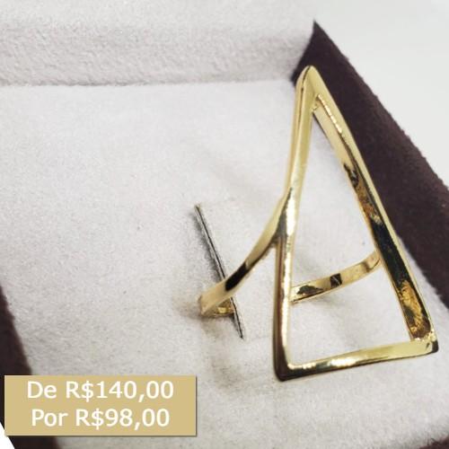 ANEL TRIANGULAR  BANHADO A OURO 18 K