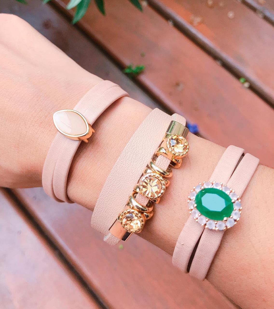 Bracelete em Couro bege