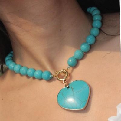 Colar coração em pedra Turqueza, banho ouro 18k, produzido Artesanalmente