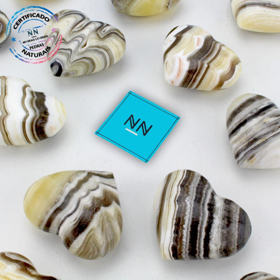 Coração de Aragonita Zebra in Natura (0,040kg; 3,0cm)