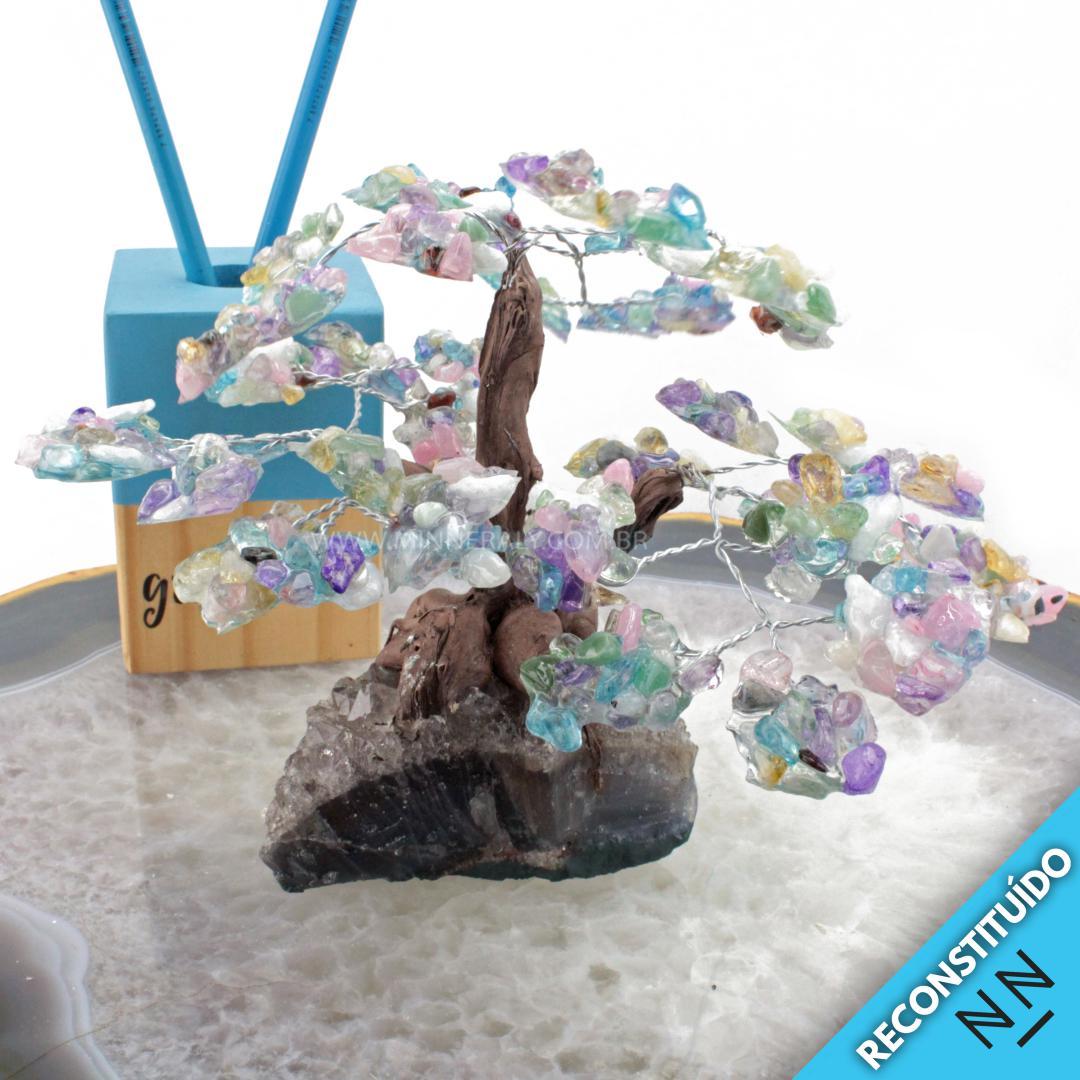 árvore de Resina com Pedras Mistas Reconstituída Rolada (altura: 12,0CM)