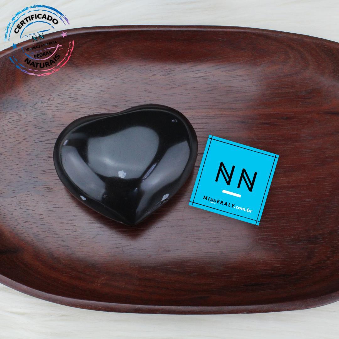 Coracao de Obsidiana Floco de Neve IN Natura (0,142KG; ALT: 5,6CM; COMP:6,9CM; LARG: 2,8CM)