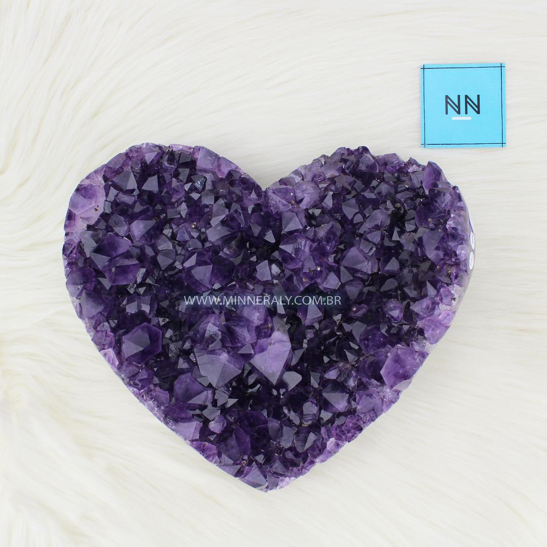Coração de Ametista in Natura (2,940kg; 22,5cm) #NN106