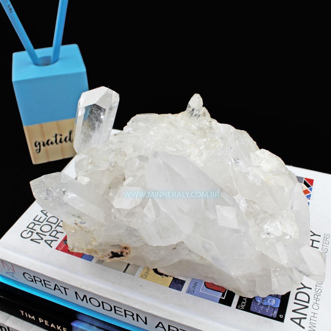 Drusa de Quartzo ou Cristal Branca IN Natura em Bruto (1,855KG; ALT: 10,5CM; COMP: 10,0CM; LARG: 15,5CM)