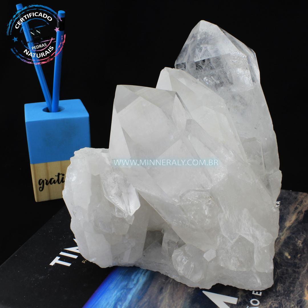 Drusa de Quartzo ou Cristal Branca IN Natura em Bruto (2,224KG; ALT: 15,0CM; COMP: 12,8CM; LARG: 12,0CM)