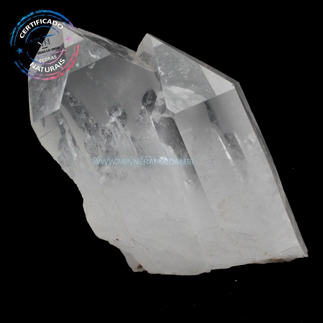 Drusa de Quartzo ou Cristal Branco IN Natura  (0,655KG; ALT: 10,0CM; COMP: 7,5CM; LARG: 7,0CM)