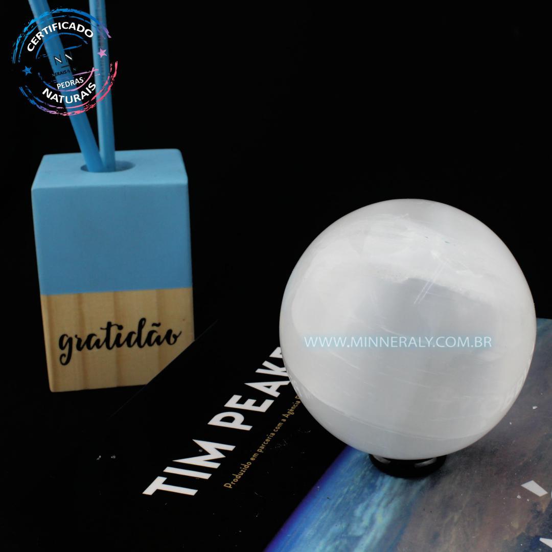 Esfera de Selenita Branca IN Natura (0,350KG; Diam: 6,0CM)