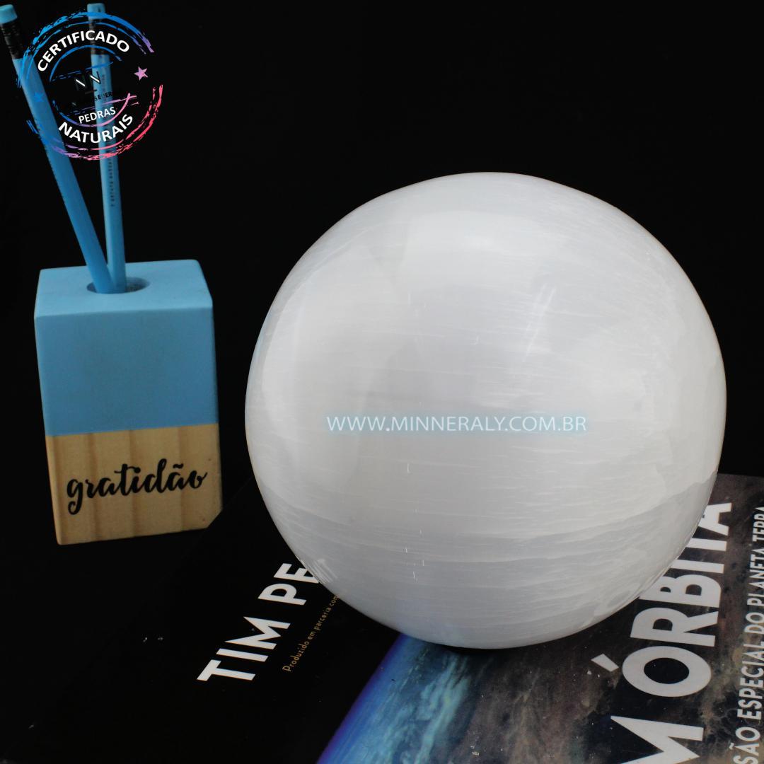 Esfera de Selenita Branca IN Natura (1,800KG; Diam: 10,0CM)