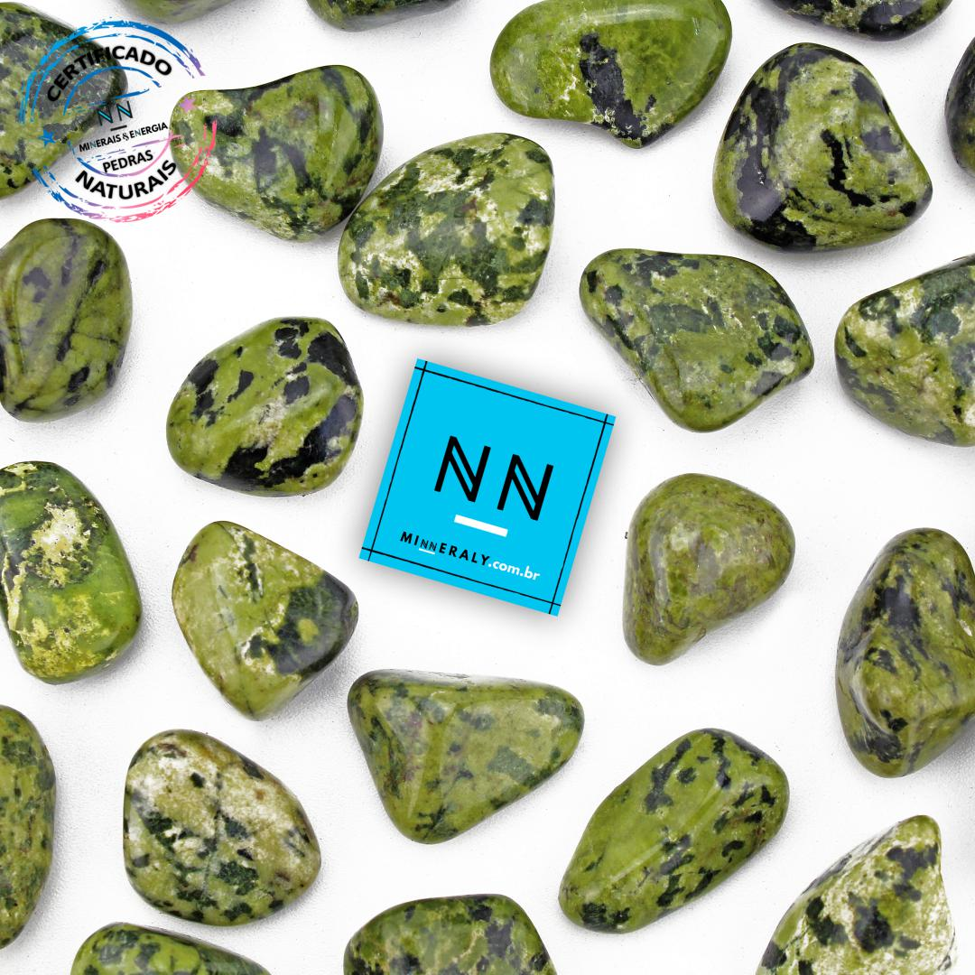 Jade Nefrita (Jadeíta) in Natura Rolada/Peça
