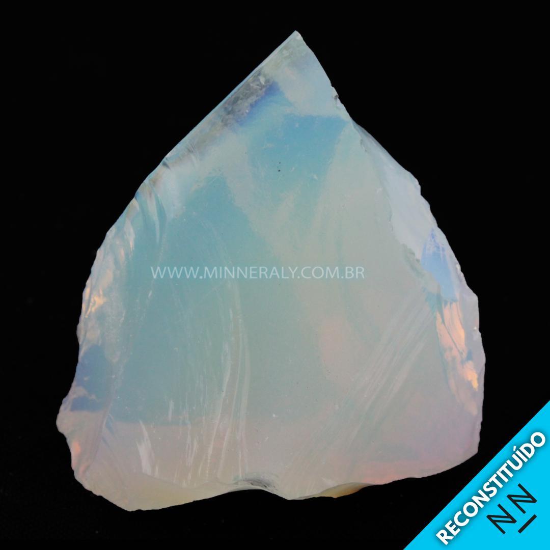 Opalina (pedra da Lua) Reconstituida em Bruta (0,102KG; ALT: 5,3CM; COMP: 5,2CM; LARG: 3,1CM)