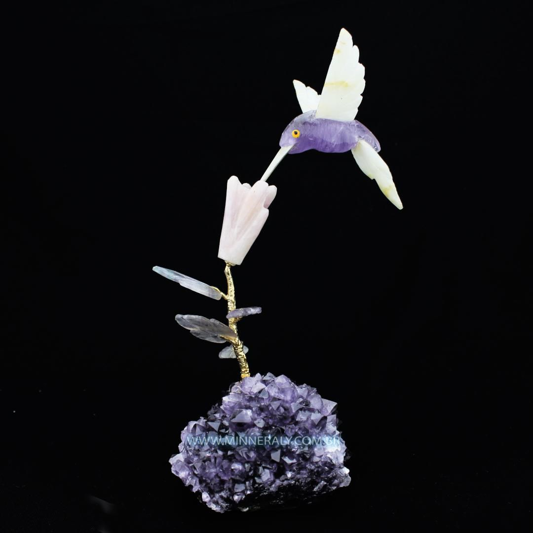 Beija Flor de Ametista em Drusa de Ametista in Natura #NN123