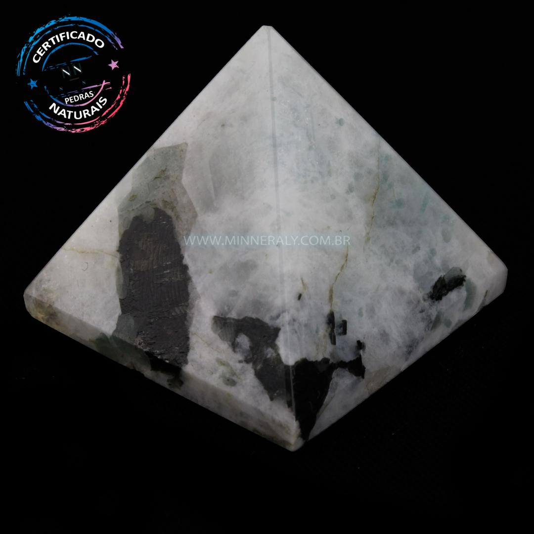 Pirâmide de Pedra da Lua IN Natura (0,082KG; ALT: 3,9CM; COMP; 4,3CM; LARG: 4,3CM)