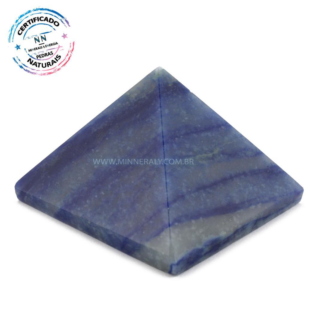 Pirâmide de Quartzo AZUL IN Natura (0,110KG; ALT: 3,6CM; COMP; 5,3CM; LARG: 4,9CM)