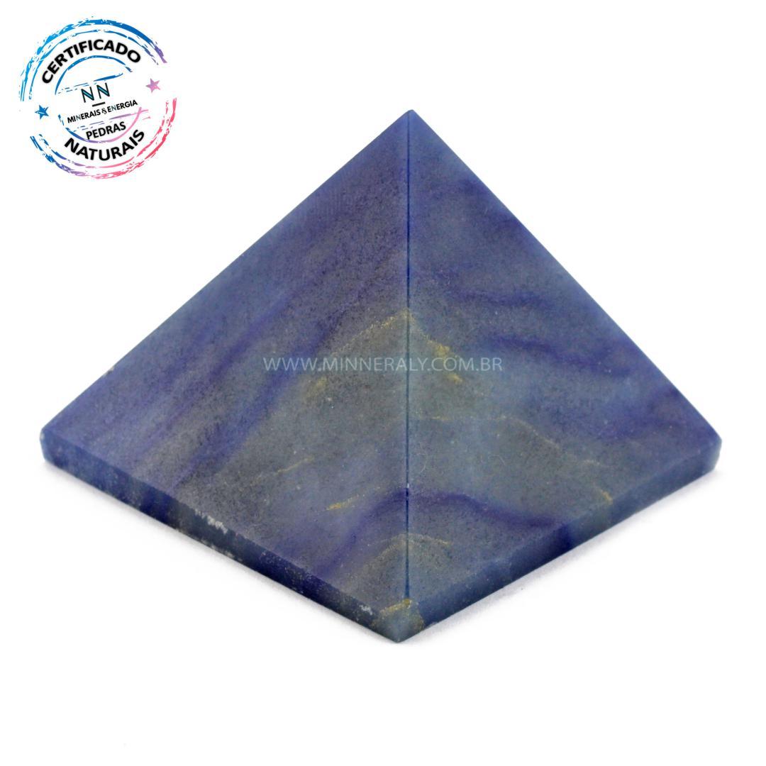 Pirâmide de Quartzo AZUL IN Natura (0,235KG; ALT: 5,1CM; COMP; 6,5CM; LARG: 6,4CM)