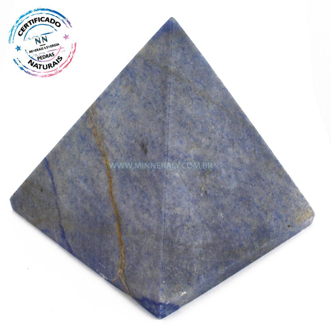 Pirâmide de Quartzo AZUL IN Natura (0,995KG; ALT: 9,9CM; COMP; 10,2CM; LARG: 10,0CM)