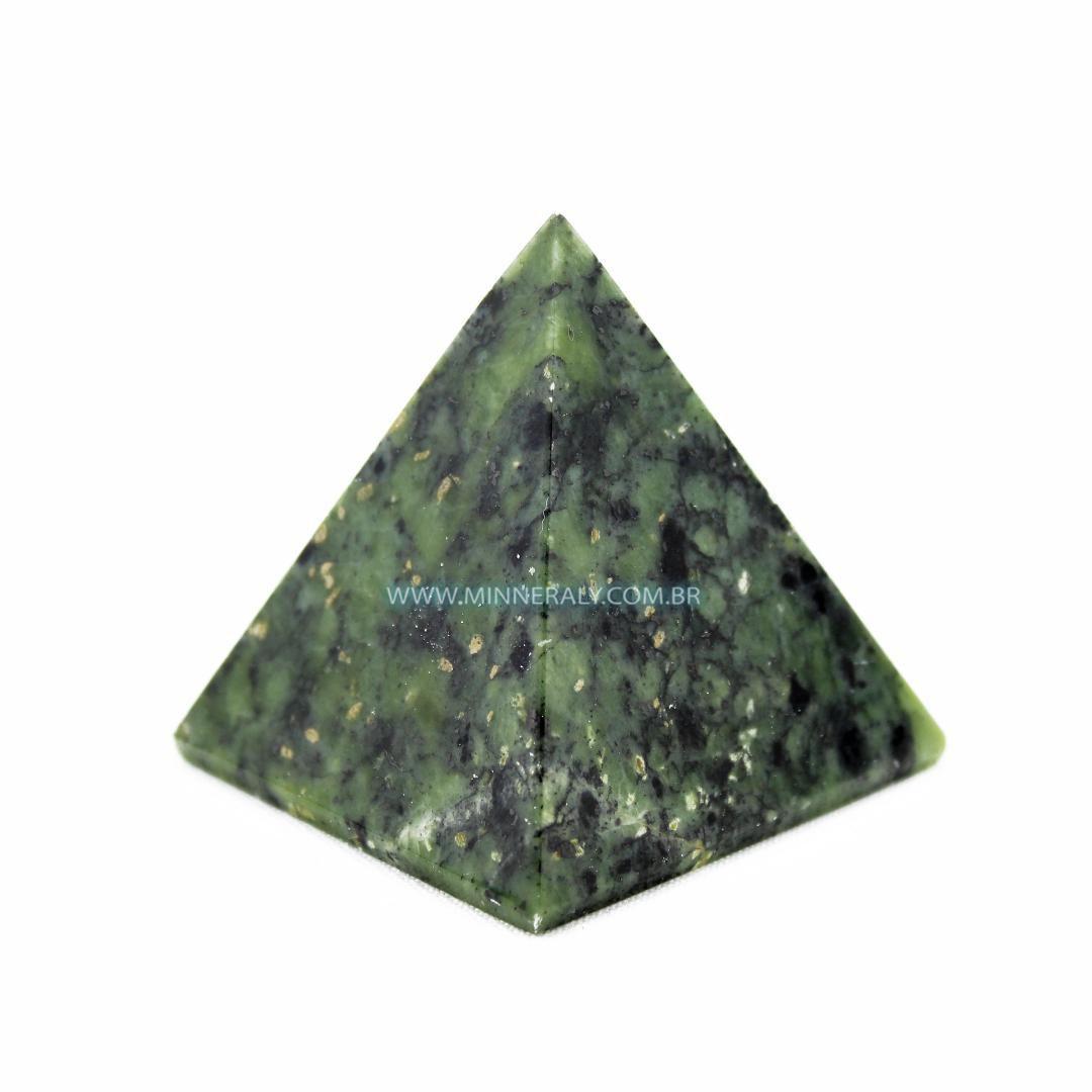 Pirâmide de Serpentina in Natura #NN172