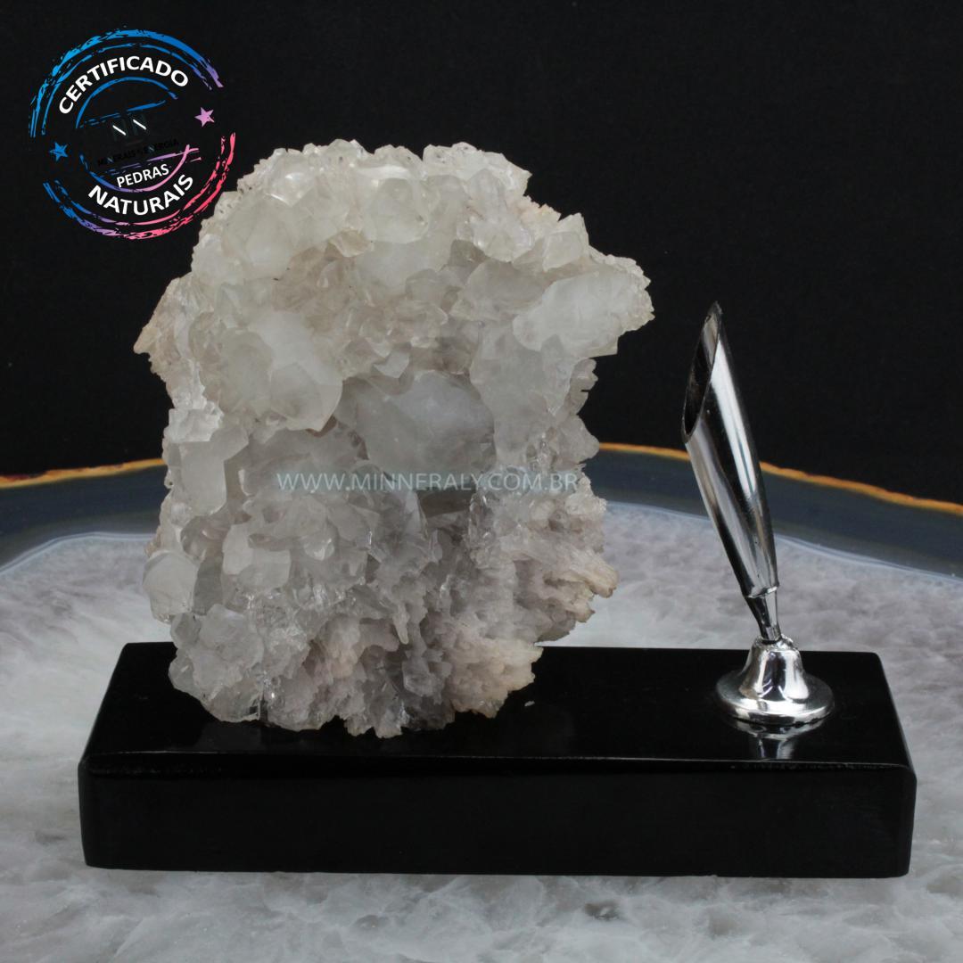 Porta Caneta de Cristal Branco com Calcita IN Natura em Bruto (prateado) (0,462KG; ALT: 12,1CM; COMP: 13,5CM; LARG: 5,7CM)