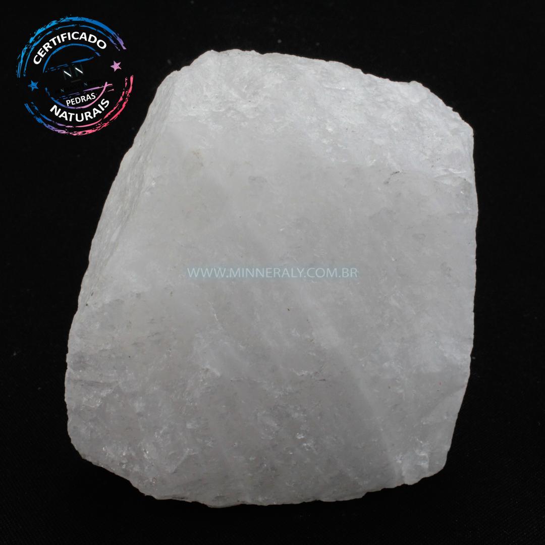 Quartzo Neve (leitoso ou Quartzita) IN Natura em Bruto (0,820KG; ALT: 9,8CM; COMP: 8,9CM; LARG: 6,4CM)