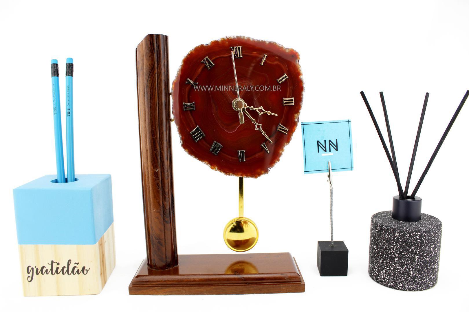 Relógio Chapa com Pêndulo em Ágata Marrom #NN102