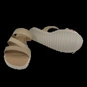 Rasteira feminina cor Pele 845 Melo Calçados Usada por Mulheres