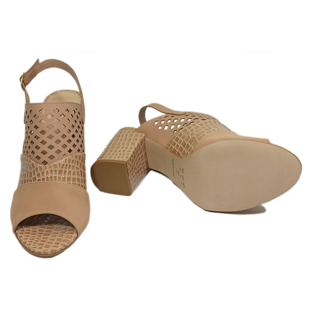 Sandalia Feminina Salto Bloco Perfuros Tamanhos Especiais 1510773 Melo Calcados