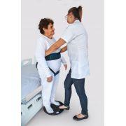 Disco de transferência giratório para auxiliar trasnferência e manobras de pessoas com mobilidade reduzida