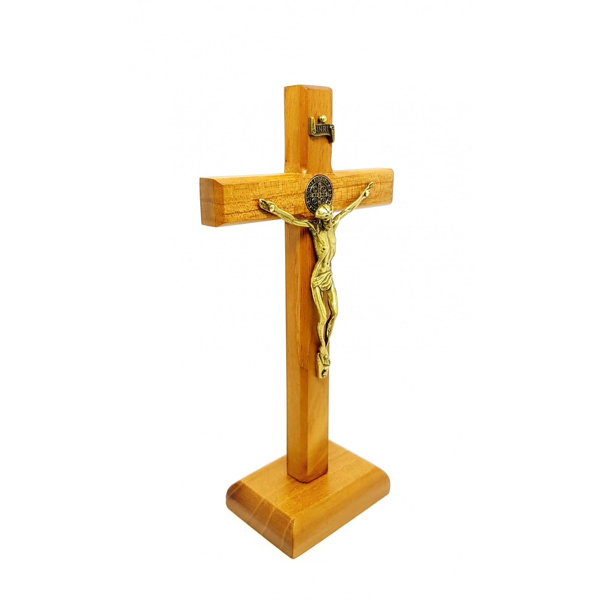 Crucifixo de mesa madeira clara São Bento 18 cm