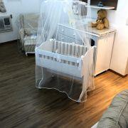 Mini berço com kit de protetores , colchão e cortinado